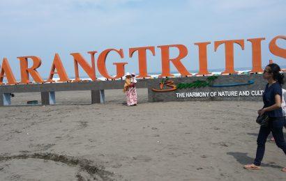 Wisata Pantai Parangtritis Jogjakarta